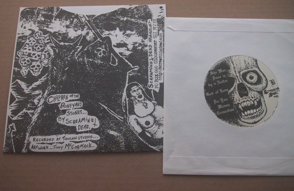 Screaming Dead / Children Of The Boneyard Stones EP UK 80's HARD PUNK chaos uk discharge Partisans No Future Records_画像2