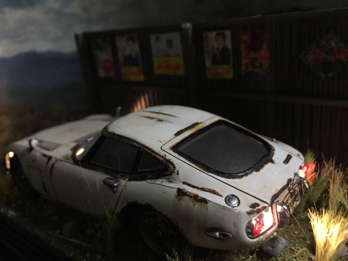 1/32 トヨタ 2000GT LEDライトアップ 昭和レトロな風景 旧車 自作ジオラマ完成品 ケース付_画像7