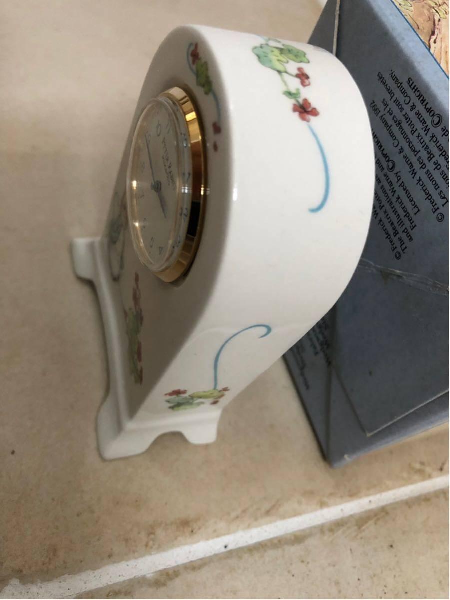 新品★ WEDGWOOD(ウェッジウッド)ピーターラビット 置時計 と非売品マグカップ2個_画像5