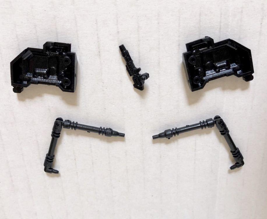 旧トランスフォーマーガム サイバトロン プロテクトボット 合体戦士ガーディアンの両手と両足、防衛指揮官ホットスポットの肩とホース_画像5