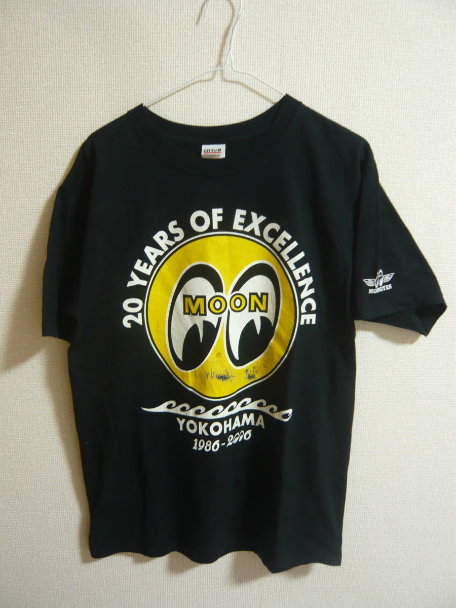 送料込み★MOON EYES ムーンアイズ 20YEARS OF EXCELLENCE Tシャツ M HOTROD ホットロッドMOONEYES/アメ車_画像1