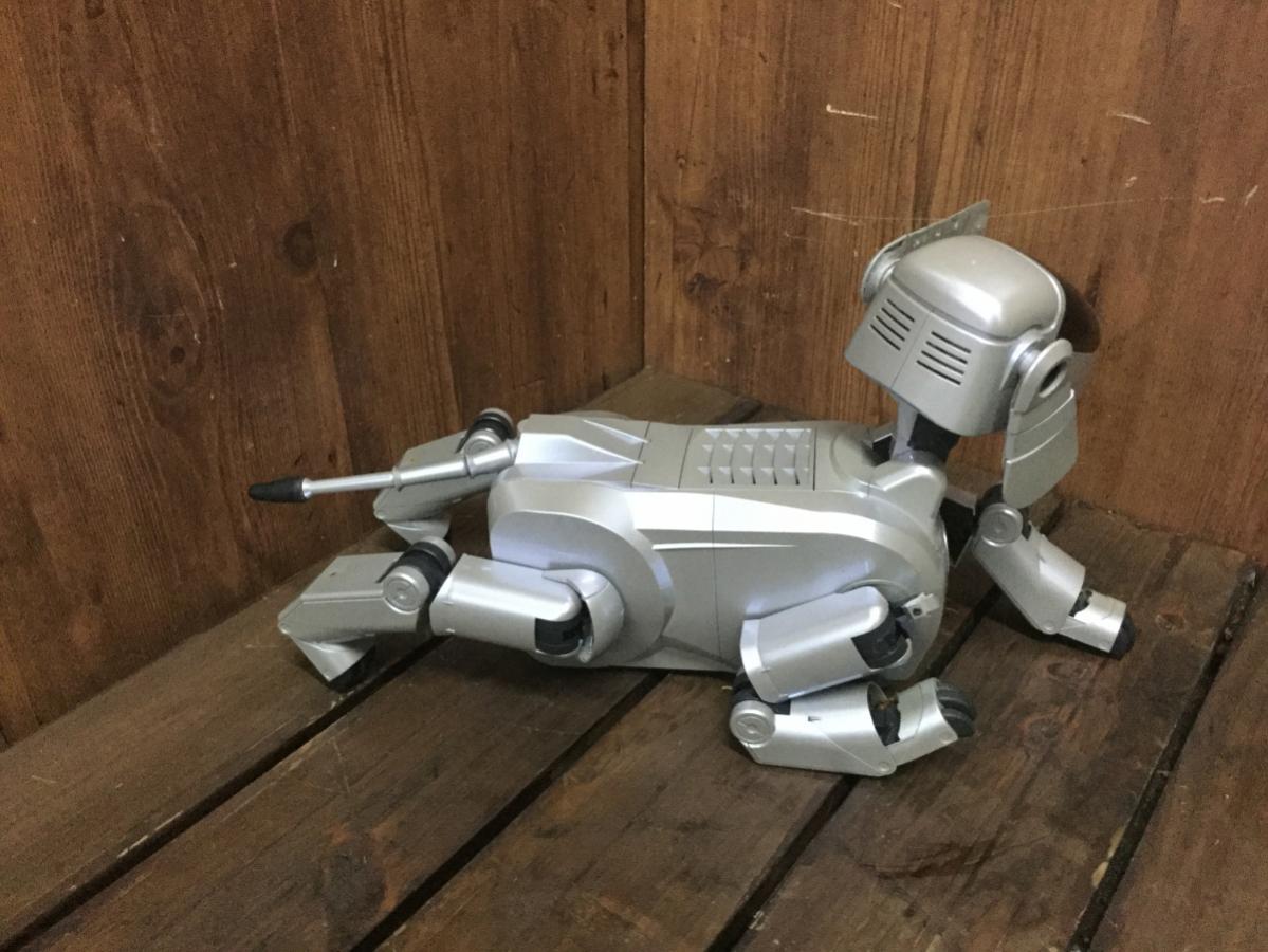 ☆ SONY ソニー ESR-111 AIBO アイボ ロボット バーチャルペット シルバー 初代 犬型 ジャンク ☆_画像2