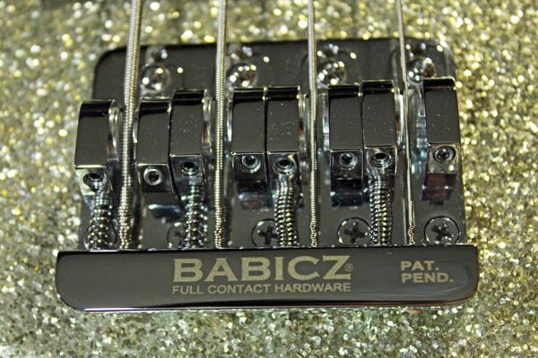 【Fender Japan】JB62 FCH/SLV Jazz Bass(シルバーラメ塗装/BABICZブリッジ/ブロックポジション)30本限定生産レアモデル 日本製 準美品_画像9