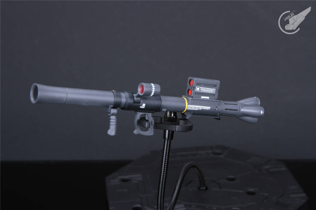 HG 1/144 MS-05B「ザクI」黒い三連星 改修塗装済み完成品 _画像7