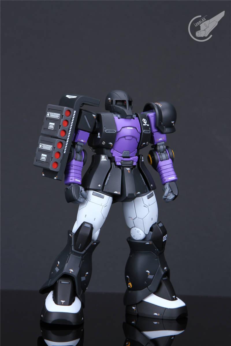 HG 1/144 MS-05B「ザクI」黒い三連星 改修塗装済み完成品 _画像4