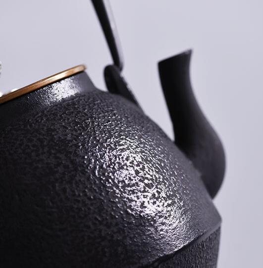 H41★新品★鉄器 砲口 鉄瓶 岩肌 高型 提梁壶 ★ 対応 鉄やかん 鉄分补给 鉄びん★1.12L 1900G
