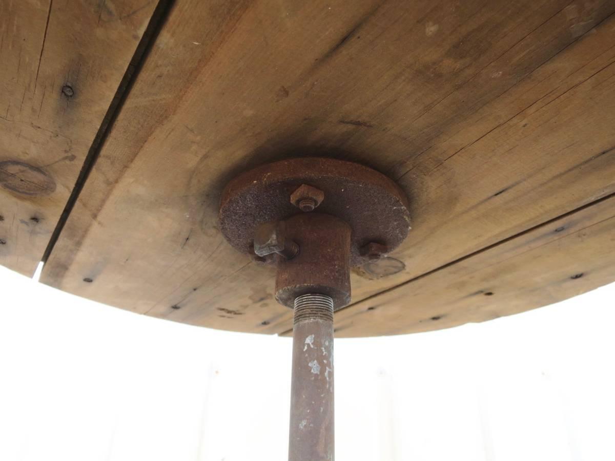 ビンテージ アイアンカフェテーブル 店舗ディスプレイ 丸テーブル ウッド 木製 アーリーアメリカン インダストリアル 机_画像7