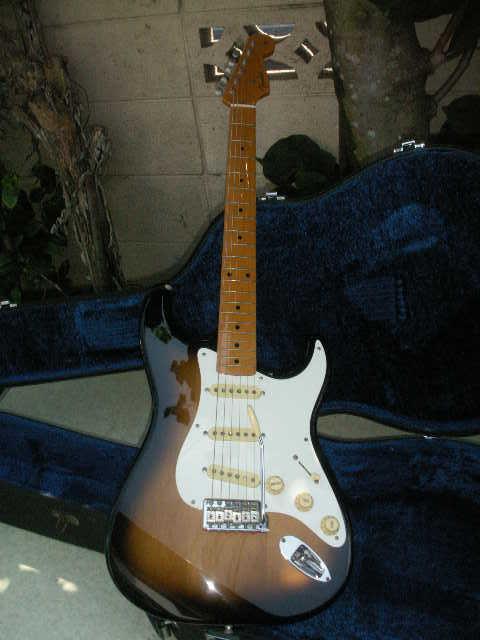 希少 Fender フェンダー ギター 型番不明 一応ジャンクで