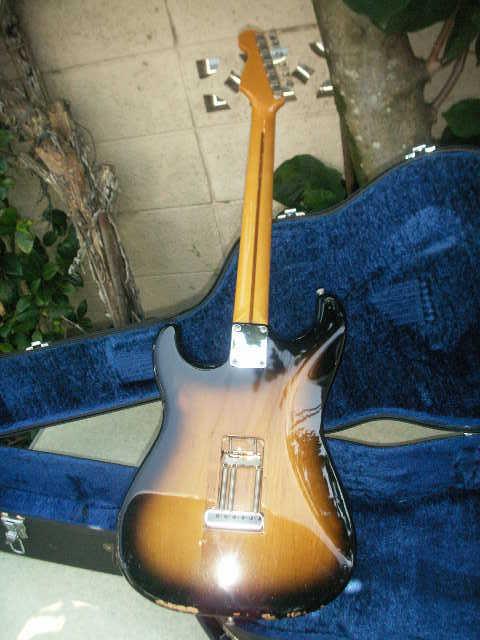 希少 Fender フェンダー ギター 型番不明 一応ジャンクで _画像2