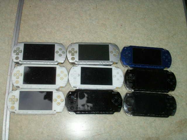 9台 SONY PSP-1000 本体 9個 一応ジャンクで