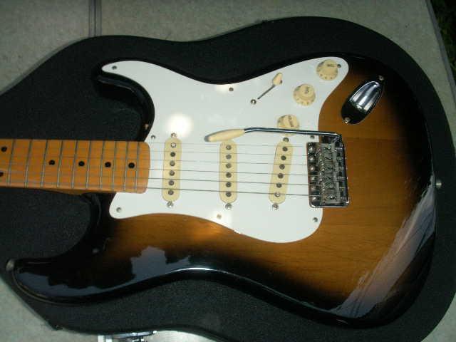 希少 Fender フェンダー ギター 型番不明 一応ジャンクで _画像3