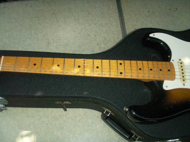 希少 Fender フェンダー ギター 型番不明 一応ジャンクで _画像4