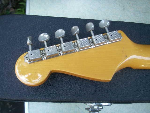 希少 Fender フェンダー ギター 型番不明 一応ジャンクで _画像9