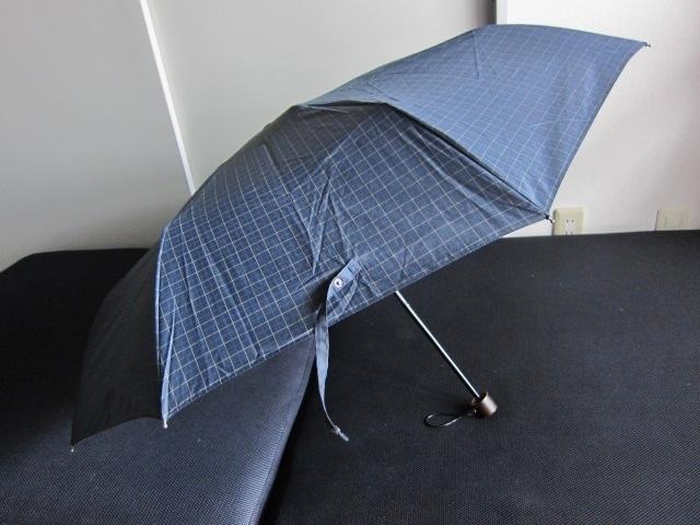 軽量 折り畳み傘 アンブレラ チェック 折りたたみ傘 大判 折り畳み雨傘 上品 チェック柄 軽量 傘 大判 雨傘 ユニセックス レア 格安 得 特_画像5