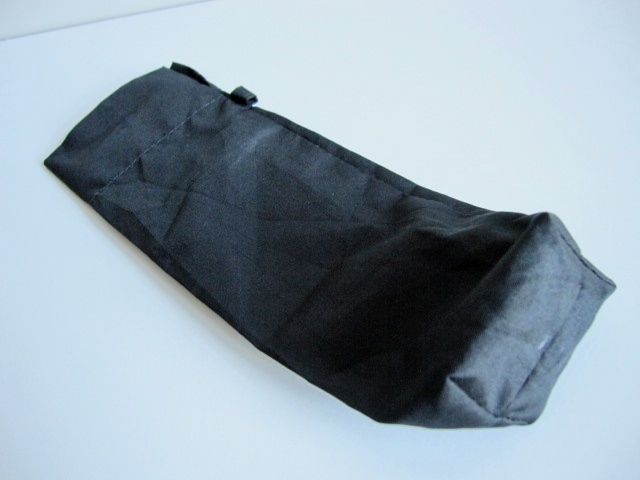 綺麗め 軽量 折り畳み傘 アンブレラ ケースのみ 上品 傘 雨傘 シンプルブラック ユニセックス レア 得 特_画像2