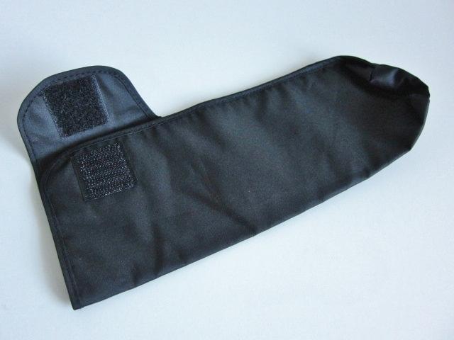新品 軽量 折り畳み傘 アンブレラ ケースのみ 上品 傘 雨傘 ブラック しっかり目 マジックテープ式 開閉 レア 得 特_画像1