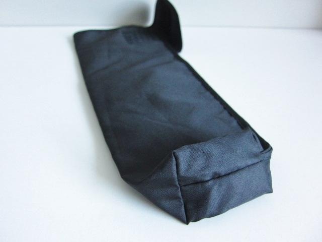 新品 軽量 折り畳み傘 アンブレラ ケースのみ 上品 傘 雨傘 ブラック しっかり目 マジックテープ式 開閉 レア 得 特_画像9