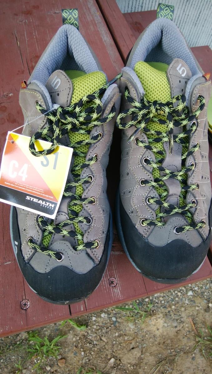ファイブテン キャンプフォー US9.5 FIVE.TEN 登山靴 沢登り