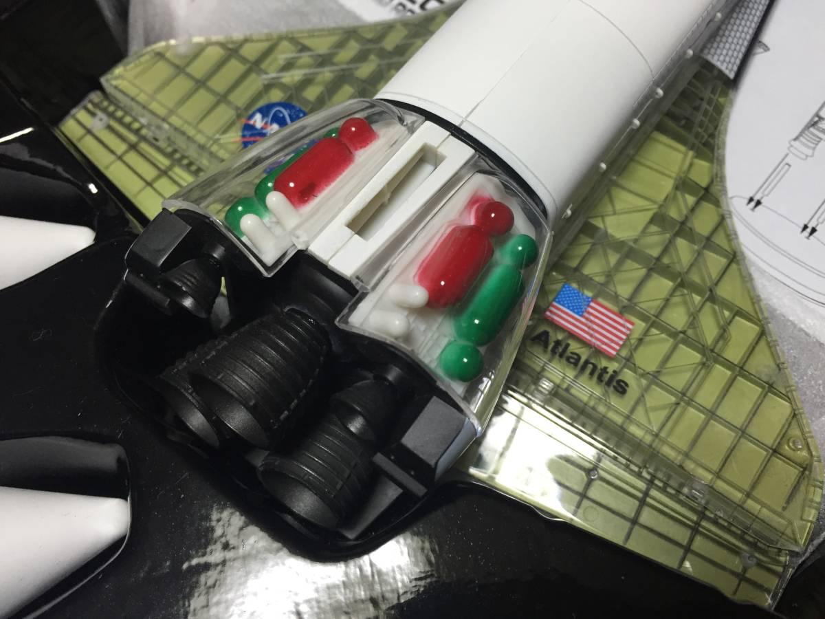 スペースドラゴンウイングス 1/144 スペースシャトル・アトランティス w/ロケットブースター (内部再現) 塗装済み半完成組み立てキット_画像4