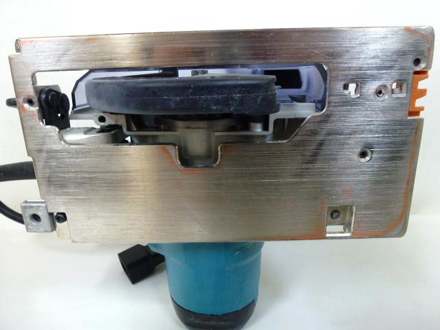 7726 良品 makita マキタ 125mm 防じん マルノコ KS5000FX 刃付き 丸のこ 防塵 電動工具_画像2