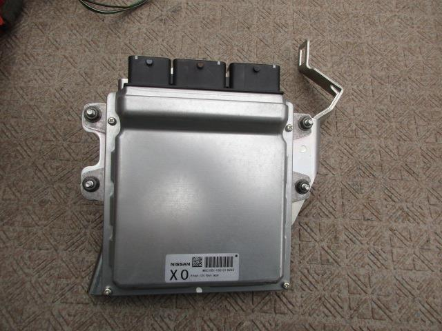 1630429 スカイライン CKV36 ECU MEC105-180_画像1