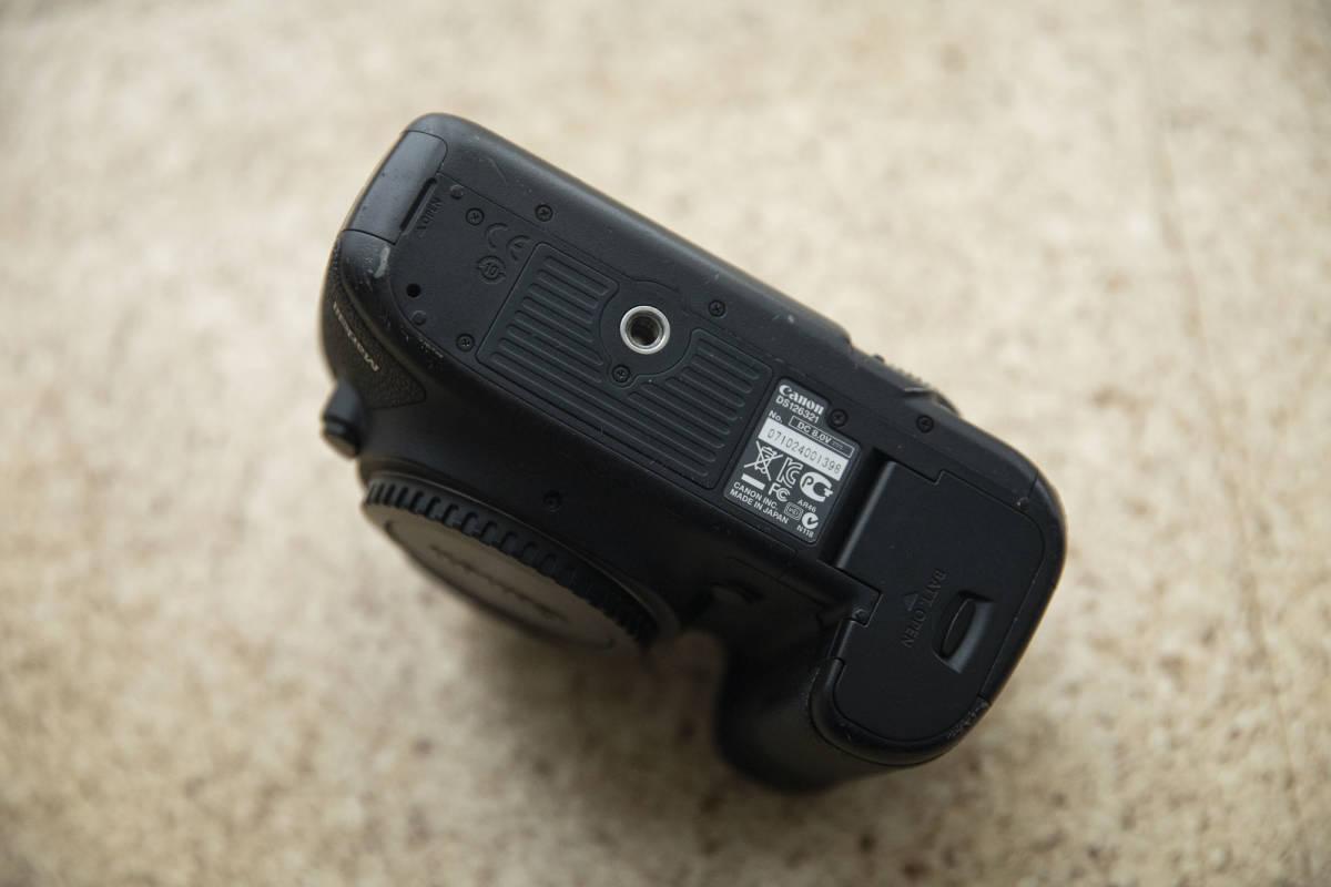 ★★★ Canon EOS 5D mark III マーク 3 中古 バッテリー 5個付き ★★★_画像3