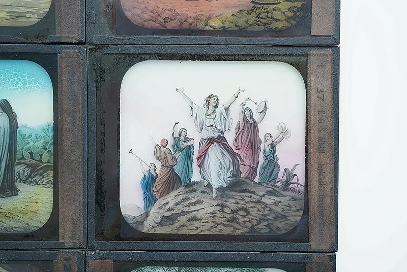 【アンティークガラススライド9枚セット 聖書 古道具】ビンテージ ブロカント 信仰 キリスト イコン 蚤の市 レトロ オブジェ 幻灯機 資料に_画像5