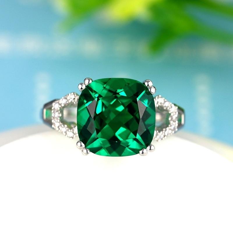 極上の逸品 絢爛 豪華 厳選 極大粒 約3.63ct CZエメラルドグリーンダイヤモンドリング 指輪 シルバー925 プラチナ仕上 14号_画像2