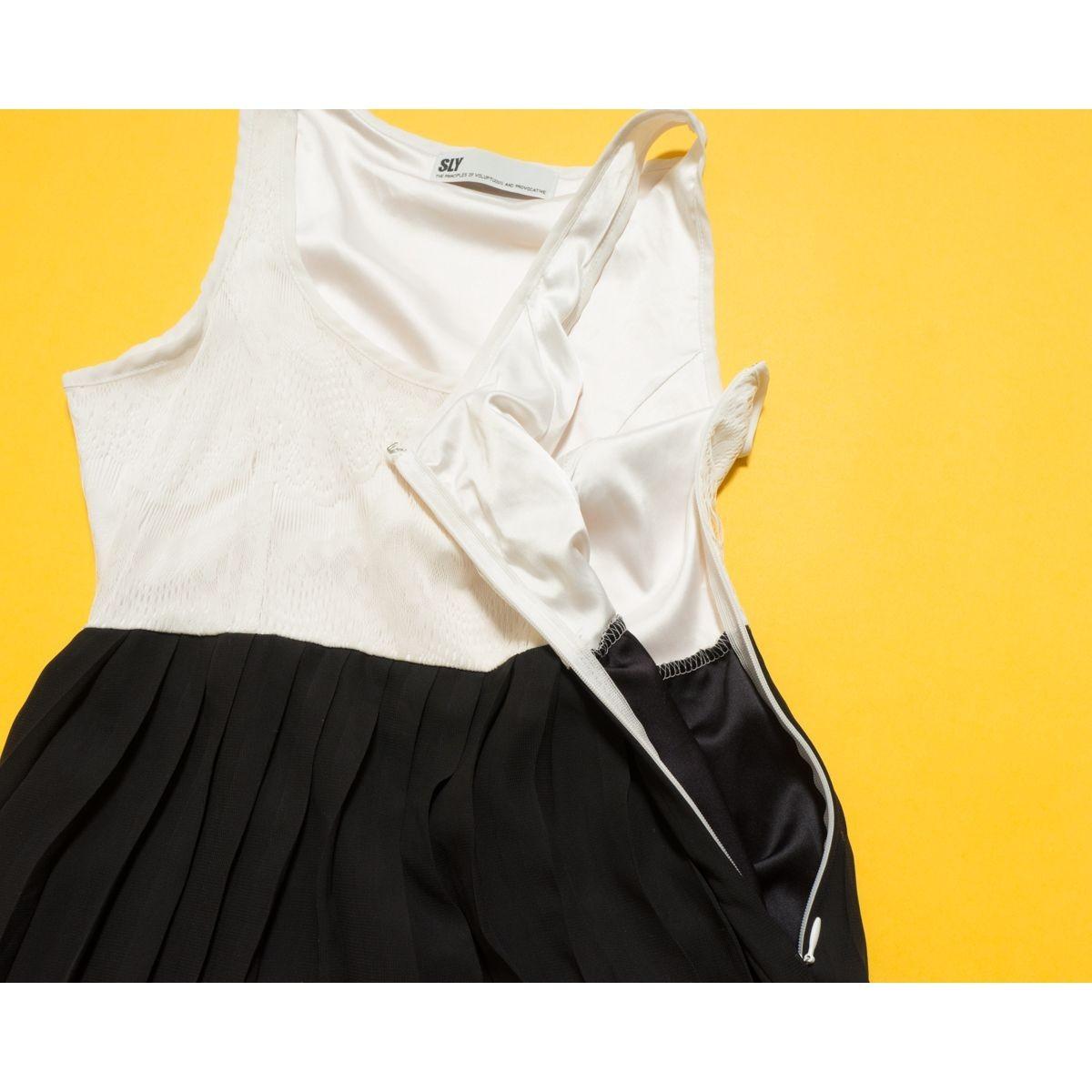 ゆうパケット◯ SLY スライ レーストップス×プリーツシフォンスカート ノースリーブワンピース ホワイト/ブラック 白/黒 1 ef9a096_画像4