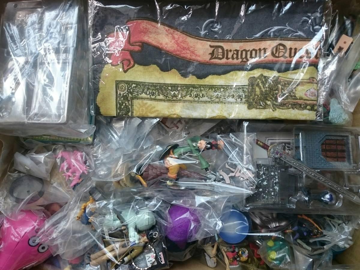 処分品 ドラゴンクエスト モンスターハンター等 ゲームキャラクター フィギュア グッズなど 150個以上 まとめセット _画像6