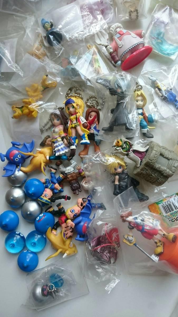 処分品 ドラゴンクエスト モンスターハンター等 ゲームキャラクター フィギュア グッズなど 150個以上 まとめセット _画像4