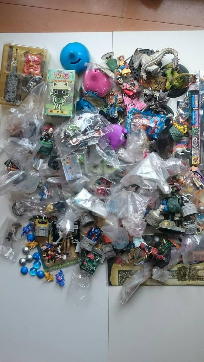 処分品 ドラゴンクエスト モンスターハンター等 ゲームキャラクター フィギュア グッズなど 150個以上 まとめセット