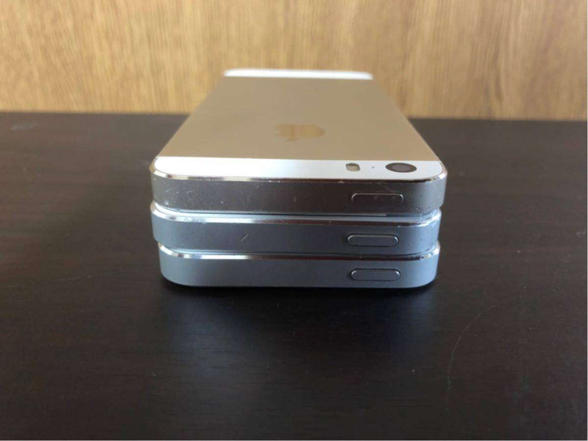 iPhone5s iPhone 5 Apple 利用制限 ◯ au SoftBank docomo 初期化済み 美品 動作確認済み 1円スタート_画像6