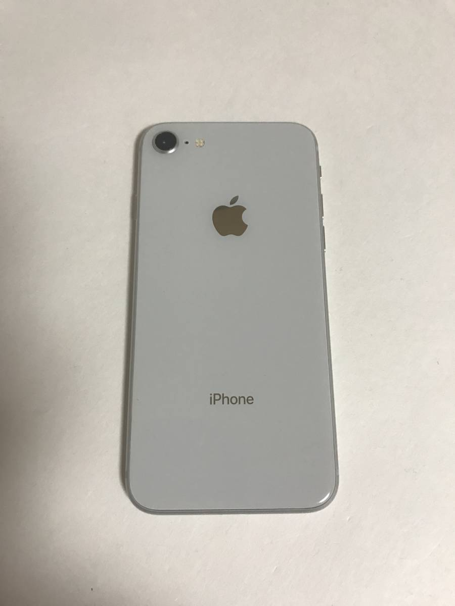 【美品・電池良好】 SIMフリー iPhone8 64GB Silver_画像3