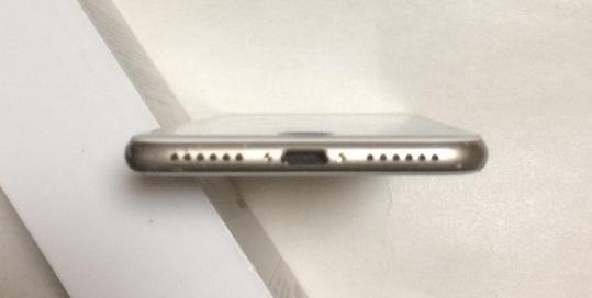 SIMフリー iPhone7  32GB ゴールド バッテリー100%  送185円 _画像6