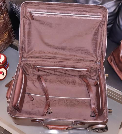 極上品 ベルルッティ 絶盤 ヴェネチアレザー FORMULA 1000 鍵付きキャリーバッグ 旅行鞄 トロリーケース トラベルバッグ Berluti 本物 正規_画像8