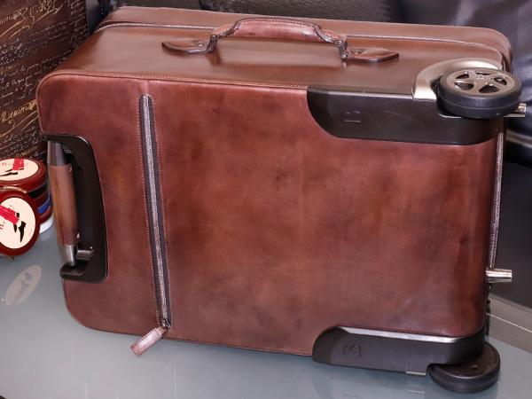 極上品 ベルルッティ 絶盤 ヴェネチアレザー FORMULA 1000 鍵付きキャリーバッグ 旅行鞄 トロリーケース トラベルバッグ Berluti 本物 正規_画像2