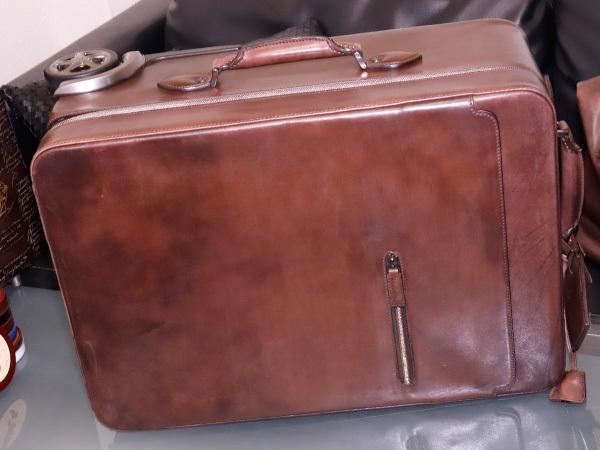極上品 ベルルッティ 絶盤 ヴェネチアレザー FORMULA 1000 鍵付きキャリーバッグ 旅行鞄 トロリーケース トラベルバッグ Berluti 本物 正規