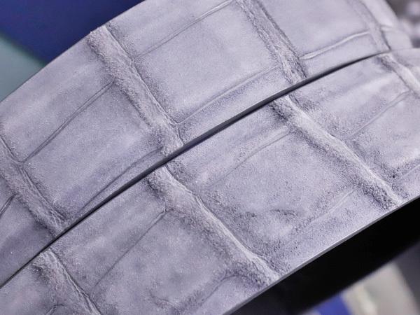 新品タグ付 ジョルジオアルマーニ for ブガッティ 最高級クロコダイルレザー サンチュール メンズ90 紳士用 クロコベルト 箱付 本物 正規_画像4