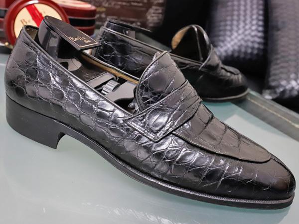 美品 タニノクリスチー 最高級リアルクロコダイルレザーローファー メンズ7 黒 ブラック 紳士革靴 クロコシューズ TANINO CRISCI 本物 正規_画像2