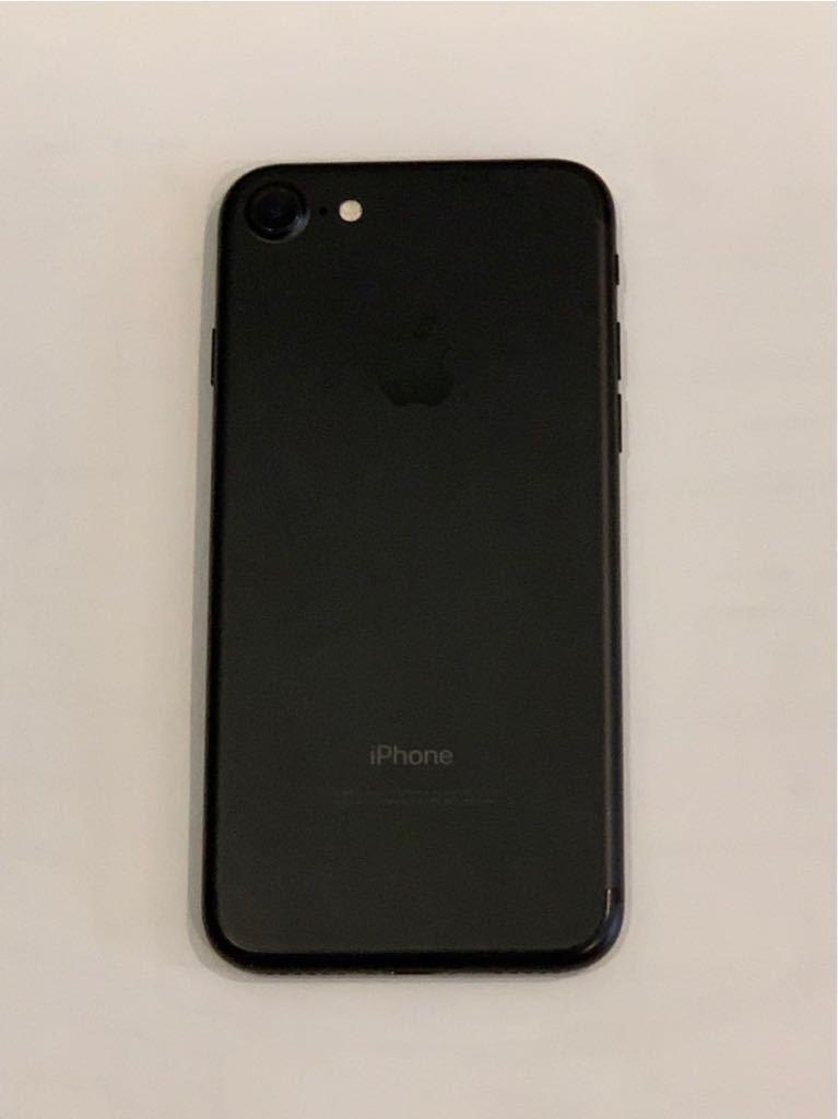 iPhone 7 ブラック 128GB 送料無料 Docomo 付属品全てあり_画像3