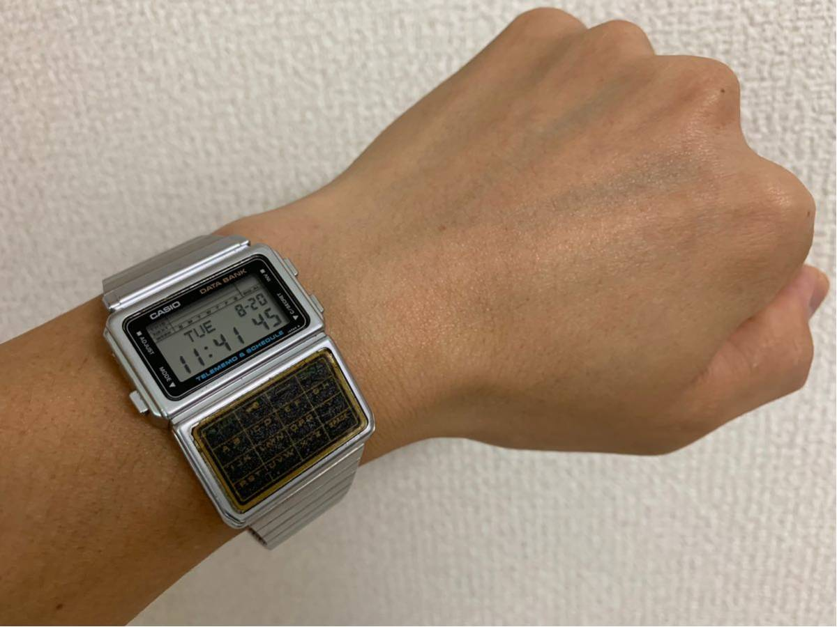 ★ CASIO カシオ DBC-600 563 DATABANK データバンク 腕時計 稼動品 デジタル レア シルバー 黒 白 ステンレス ビンテージ 美品 希少 ★_画像3