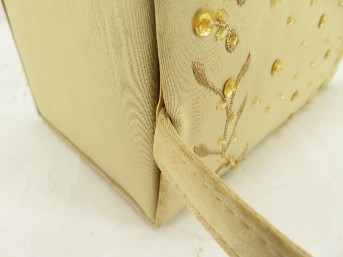 【お買い得品!】 ★ 刺繍デザイン ★ ハンドバッグ ベージュ パーティバッグ (EM01B602)_画像4