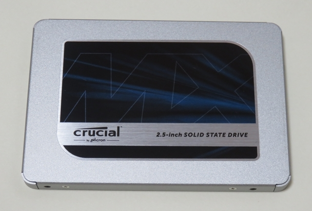 【未使用品 / 外箱と取説なし】内蔵型2.5インチ Crucial SSD 1000GB CT1000MX500SSD1 ②