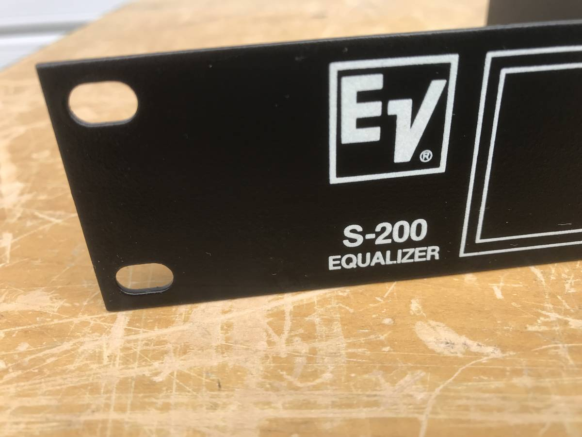 ELECTRO-VOICE スピーカーEQUALIZER S-200中古品