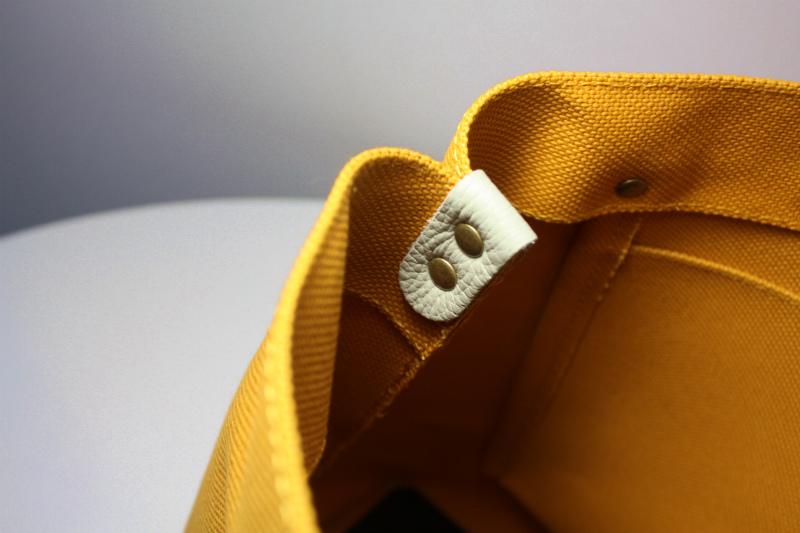 キャンバス 厚手4号帆布 トートバッグ シンプル 軽量 ハンドメイド  マスタードイエロー  レザーハンドルグレー シュリンク_画像5