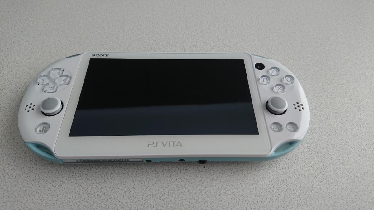 PS Vita PCH-2000 Wi-Fiモデル Light Blue/White_画像2