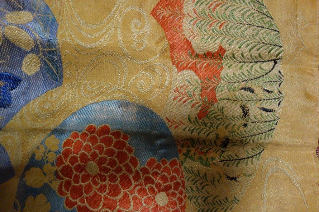 着物の生地のバッグ 刺繍 花 サブバッグ お稽古バッグ 和装バッグ 手提げトートバッグ 和洋兼用 レトロ_画像3
