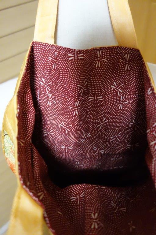 着物の生地のバッグ 刺繍 花 サブバッグ お稽古バッグ 和装バッグ 手提げトートバッグ 和洋兼用 レトロ_画像7