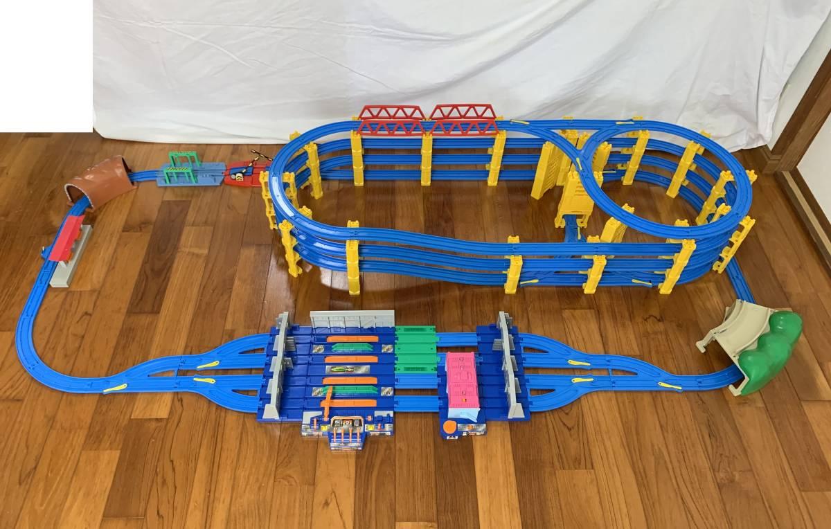 プラレール 4段レイアウト 直線レール・曲線レール・橋脚など大量 B_画像3